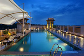 Grand Mercure mysore piscine